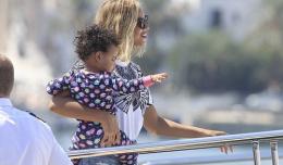 Beyonce-Blue-Ivy-Spain-DivaWhispers